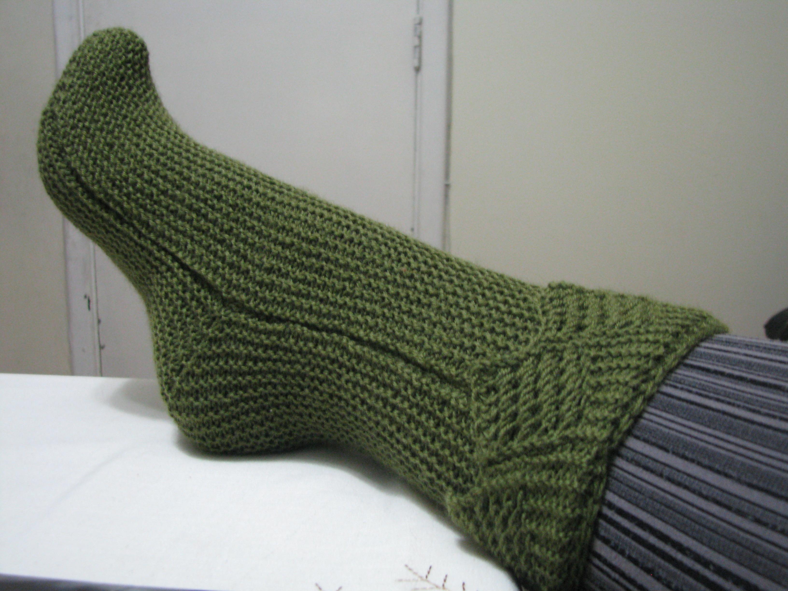 Calcetines manos hilos agujas y lanas - Como hacer talon de calcetines de lana ...